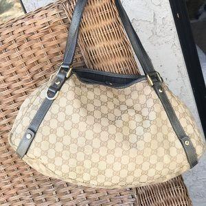 3fb83064568 Women s Gucci Abbey Handbag on Poshmark